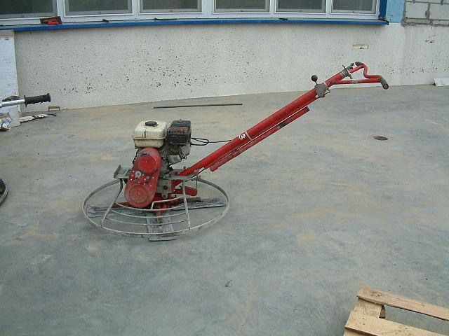 Jak prosto odnowić betonową posadzkę?