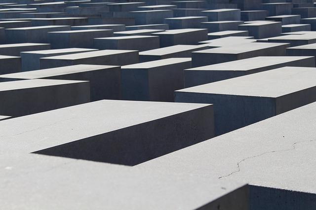 Jakie narzędzia są potrzebne do przycinania betonu komórkowego?