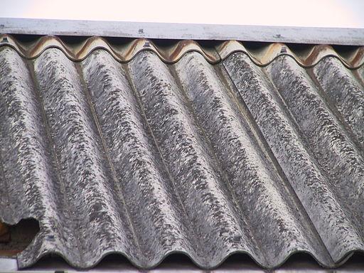 Jak wymienić dach z azbestu?