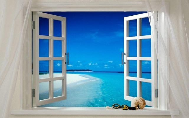 Okna drewniane białe, czy plastikowe?
