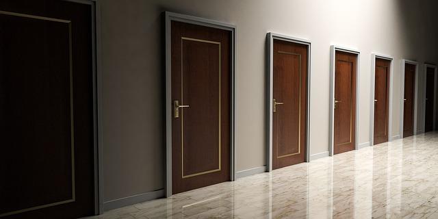 Wyciszenie drzwi wejściowych. Tapicerka, uszczelka do drzwi?