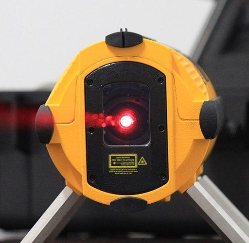 Poziomica laserowa, krzyżowa Bosch, Stanley.