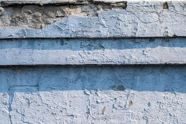 Jak odnowić stary betonowy murek, ogrodzenie?