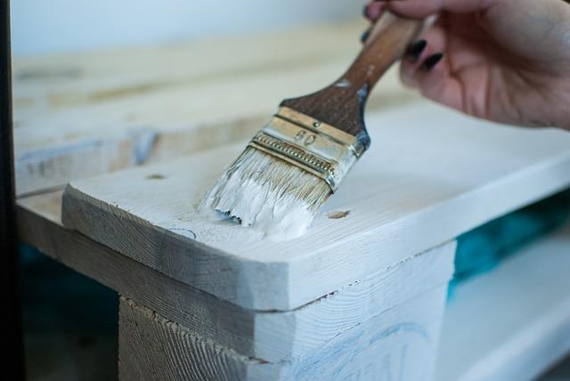 Malowanie mebli okleinowanych, laminowanych.