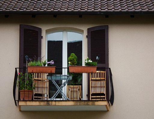Budowa balkonu w domu. Jak zrobić to dobrze?